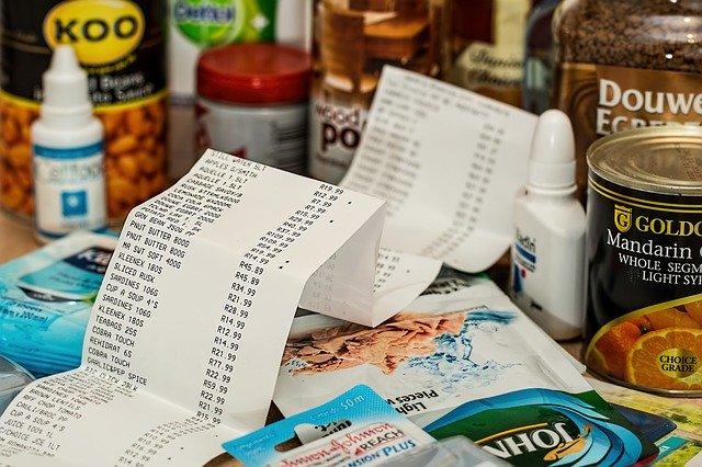 ההוצאות על הצרכנים גדלות מאוד; האינפלציה עולה